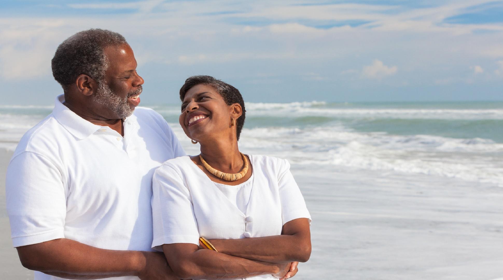 couple-on-the-beach1